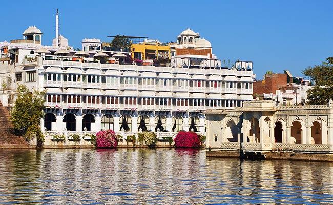 Hotel in Udaipur near Lake Pichola